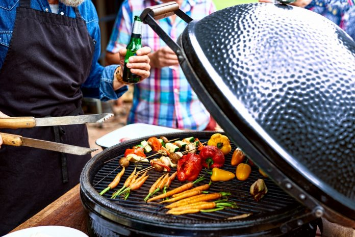 Tips to Choose the Best Grill Cover and how to maintain it
