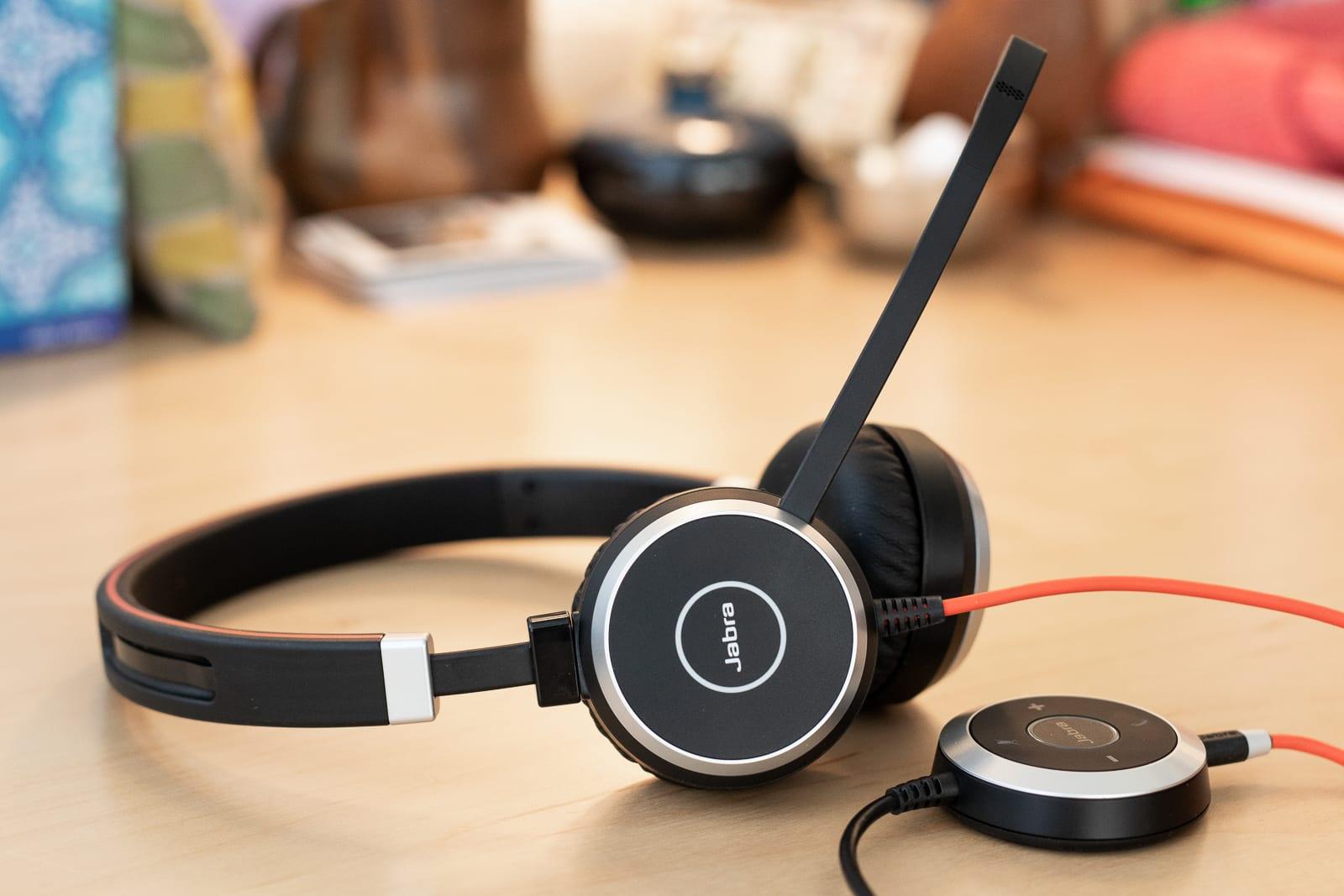Wireless USB headsets